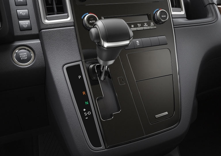 6-speed automatic transmission available, helping achieve excellent dynamic performance and fuel economy. The transmission also contributes to superior drivability.